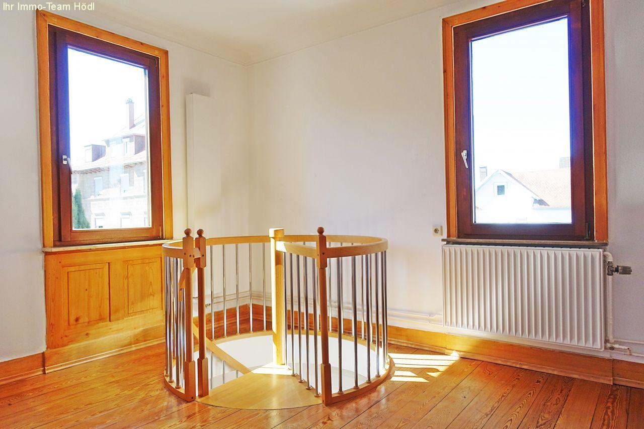 immobilien reutlingen seltene gelegenheit 3 zimmer. Black Bedroom Furniture Sets. Home Design Ideas